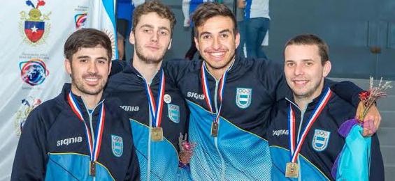 Domínguez, Lugones Ruggeri, Taccani y Gáspár, bronce en espada.