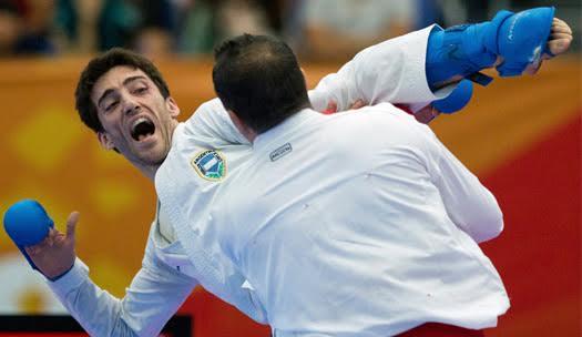 Recouso es el primer argentino oro en la Premier.