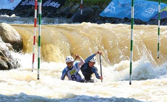 El C2 trajo el único podio para la Argentina en aguas bravas.