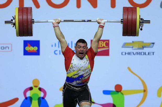 El venezolano González es el tercer medallista que no supera el control en Toronto.