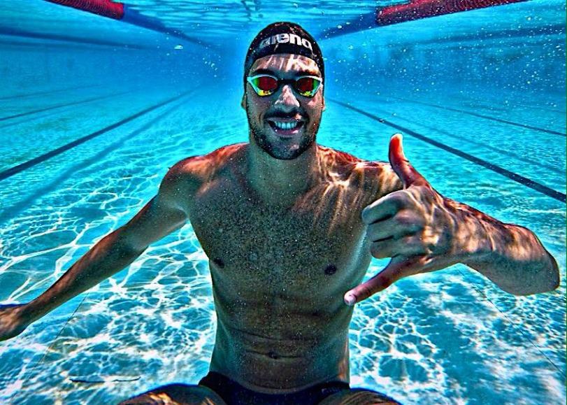 Grabich, campeón de 100 libre con récord nacional, es entrenado por Mónica Gherardi.