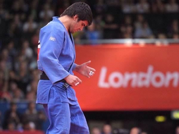 Campos ganó dos combates y sólo perdió con el bicampeòn, el brasileño Correa.