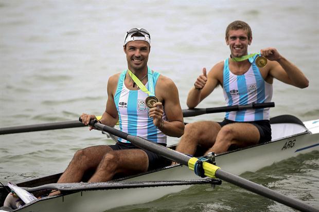 El dos sin timonel de López y Haack busca una en Francia de las 11 plazas para Río 2016.