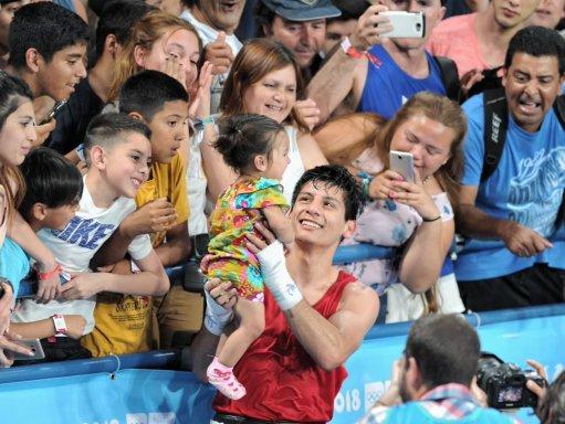 Brian Arregui, feliz con su hija Briana.